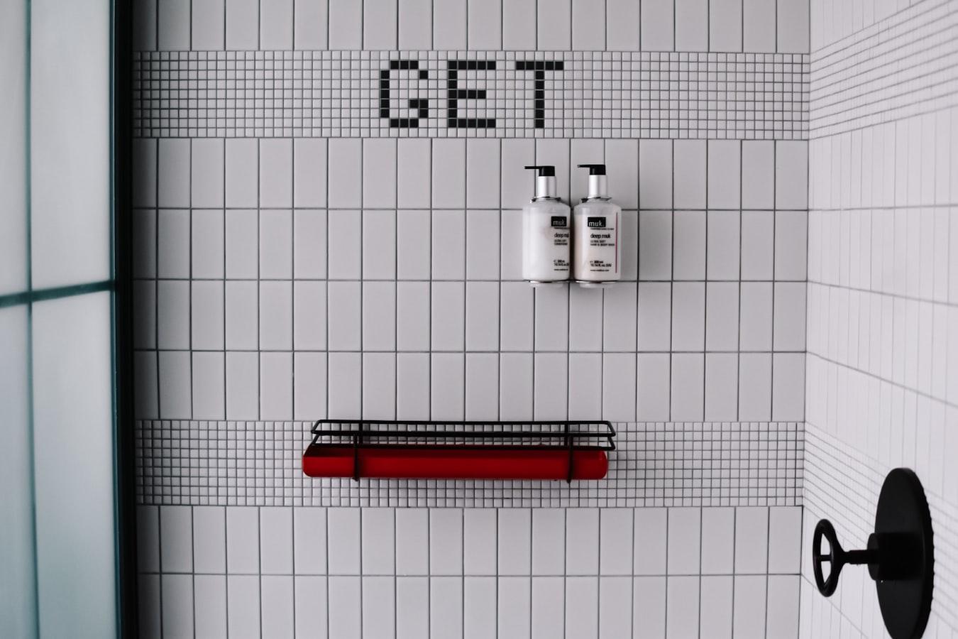 fliser på badeværelset stor gør-det-selv guide